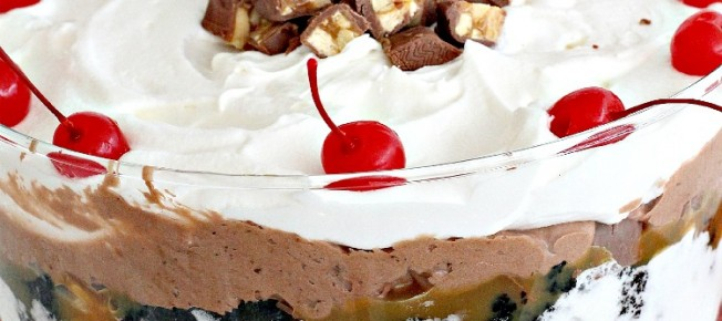 Snickers Brownie Trifle | Can't Stay Out of the Kitchen | a sensational and outrageous #dessert for company and entertaining. #Snickersbars #chocolate #caramelsauce #brownies