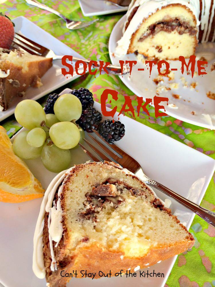how to make a sock it to me cake