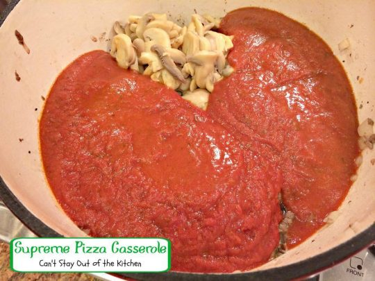 Supreme Pizza Casserole | Can't Stay Out of the Kitchen | fabulous #pasta dish with #pepperoni and #fettuccini. #beef #Italian