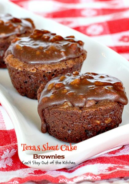 Texas Sheet Cake Brownies | Can't Stay Out of the Kitchen | oh my goodness, these #brownies are so amazing. If you're a #chocolate lover you won't be able to get enough of them! #dessert #tailgating