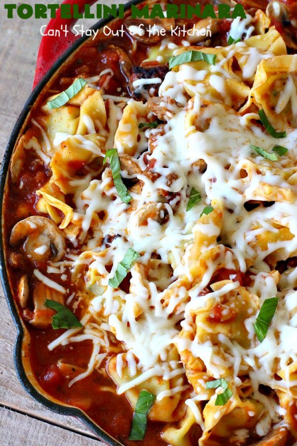 Tortellini Marinara | Can't Stay Out of the Kitchen | this easy 6-ingredient #recipe can be made in 30 minutes or less! It's perfect for weeknight or company dinners. #ItalianSausage #pork #Tortellini #Italian #MarinaraSauce #MozzarellaCheese #TortelliniMarinara