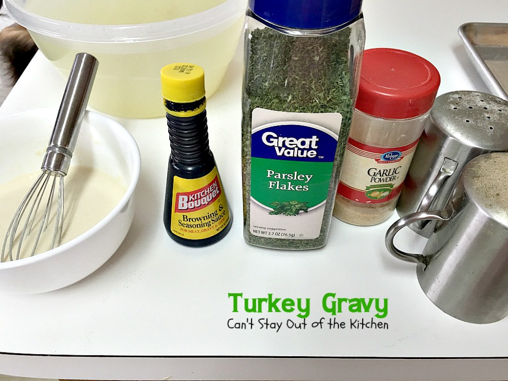 Turkey Gravy - Can\'t Stay Out of the Kitchen