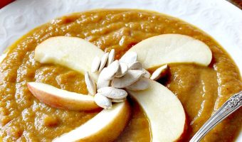 Vegan Pumpkin Soup with Leeks, Pears and Apples