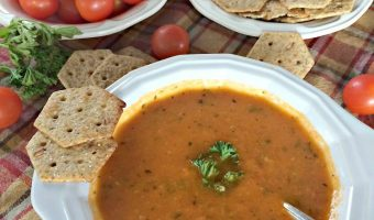 Vegan Roasted Tomato Basil Soup